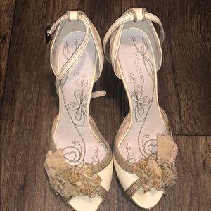 Kenzie peep toe shoes